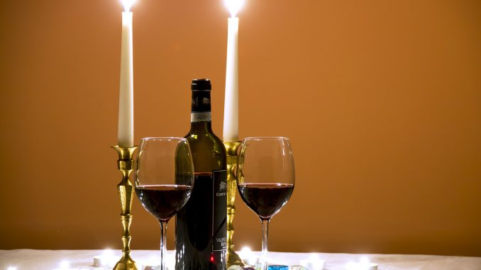 Wino, świece