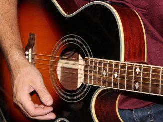 Gra na gitarze - 5 porad jak zacząć