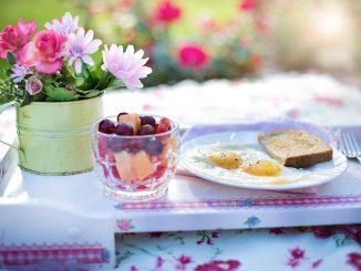 5 zalet jedzenia jajek