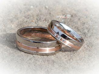 Jak czyścić srebrną biżuterię?