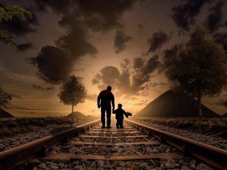 Z dzieckiem w podróży – jak zająć malucha w pociągu lub samolocie