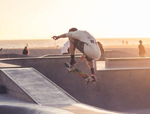 Jak zacząć przygodę ze skateboardingiem